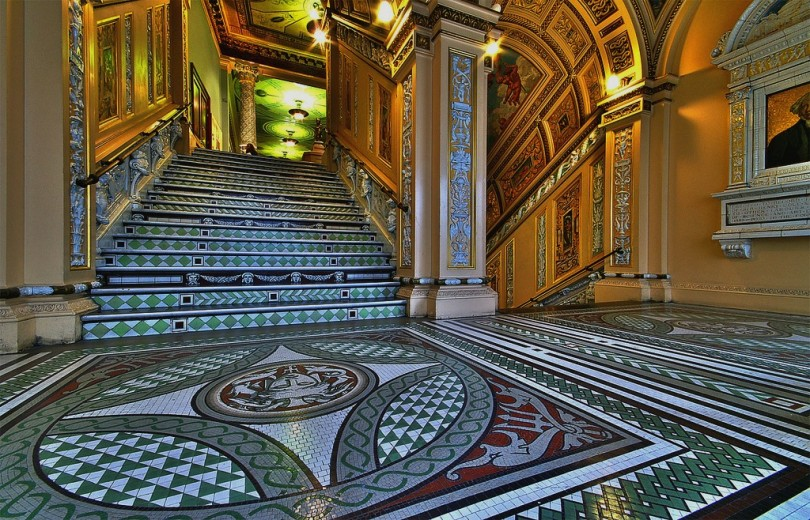 Hall del Victoria and Albert Museum - Londres